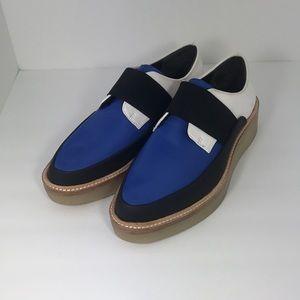 Women's size 7 dkny crepe gum sole chunky sneaker
